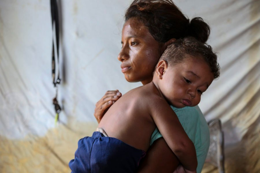 Venezuela mother and child
