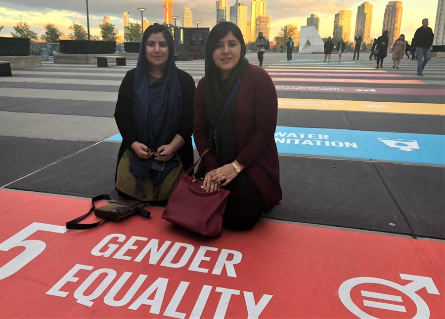 Nasima Omari (right) with Storai Tapesh, defending the cause of Afghan women's rights in New York City. © Cordaid