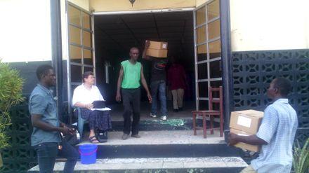 Voedseldistributie Sierra Leone Ebola